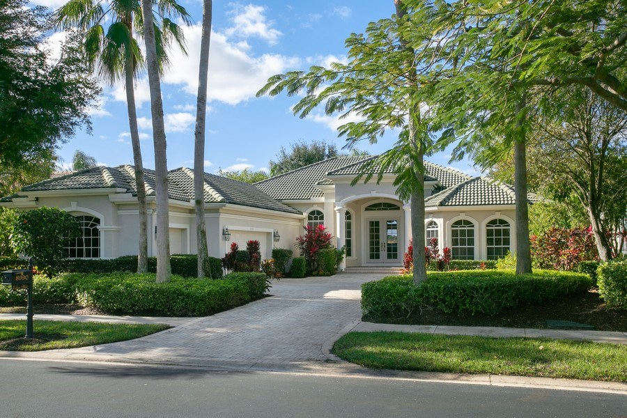 Real Estate Photography - 8990 Lakes Blvd, West Palm Beach, FL, 33412 - Front View
