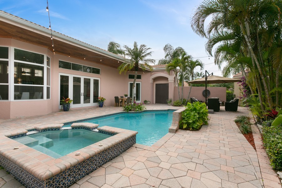 Real Estate Photography - 8660 Falcon Green Drive, West Palm Beach, FL, 33412 - Courtyard