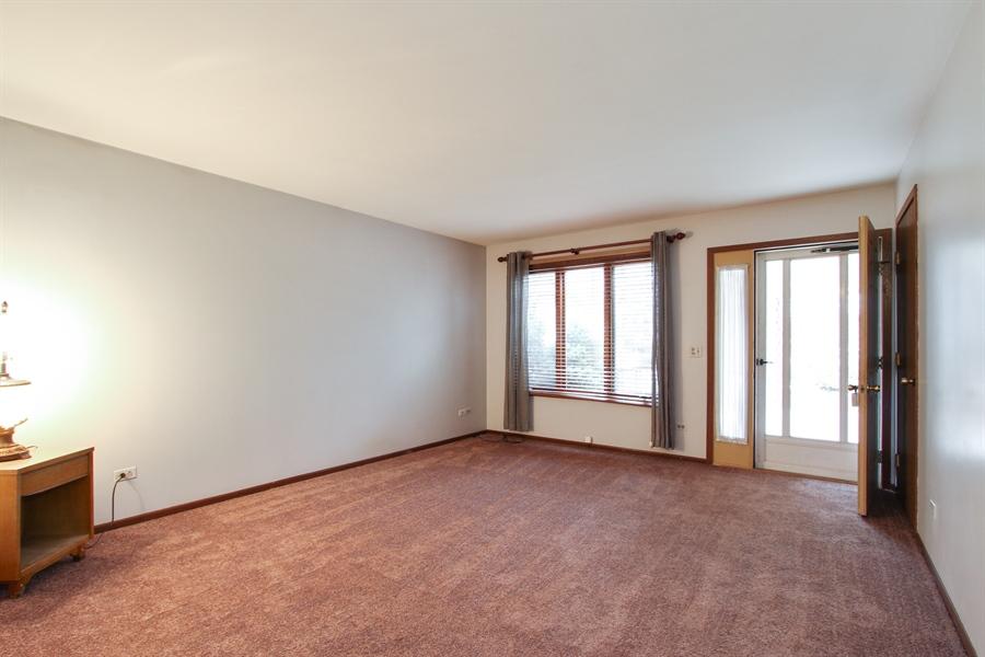 Real Estate Photography - 141 Oak Lane Dr, Lake Villa, IL, 60046 - Living Room