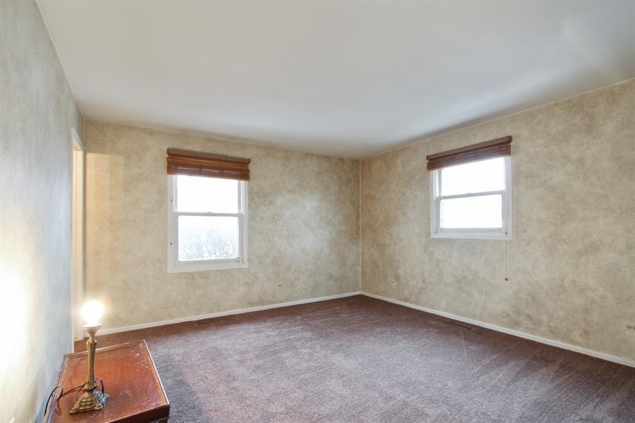 Real Estate Photography - 141 Oak Lane Dr, Lake Villa, IL, 60046 - Master Bedroom