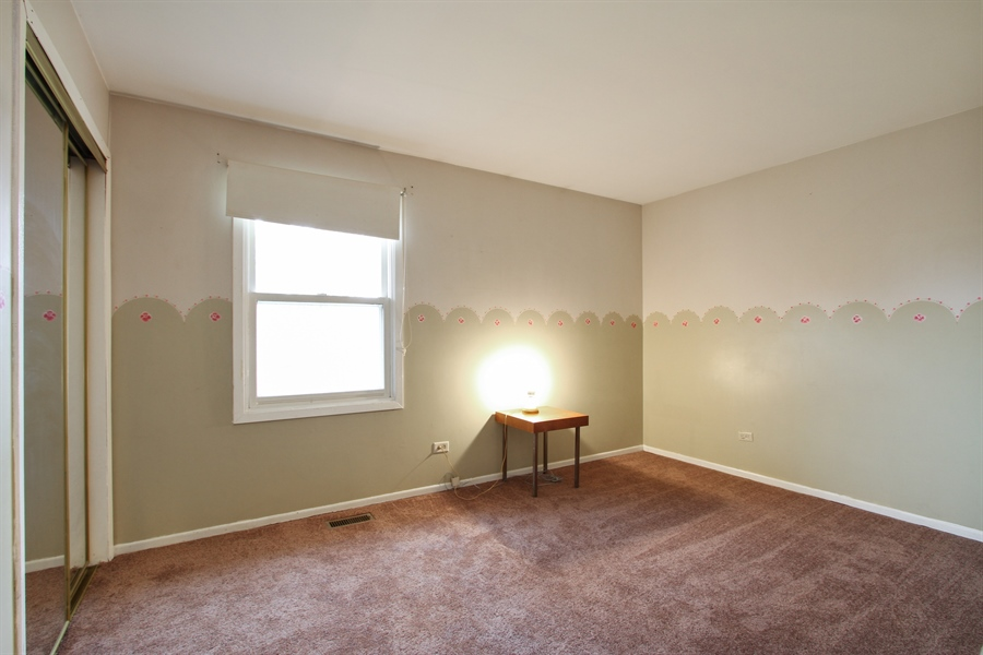 Real Estate Photography - 141 Oak Lane Dr, Lake Villa, IL, 60046 - 2nd Bedroom