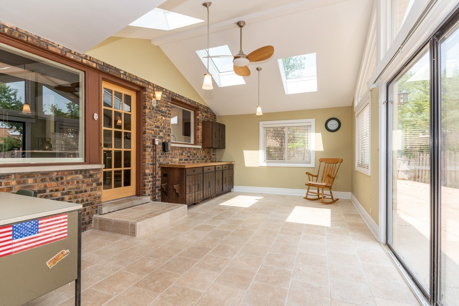 Real Estate Photography - 1714 W Stone Ave, Addison, IL, 60101 - Patio