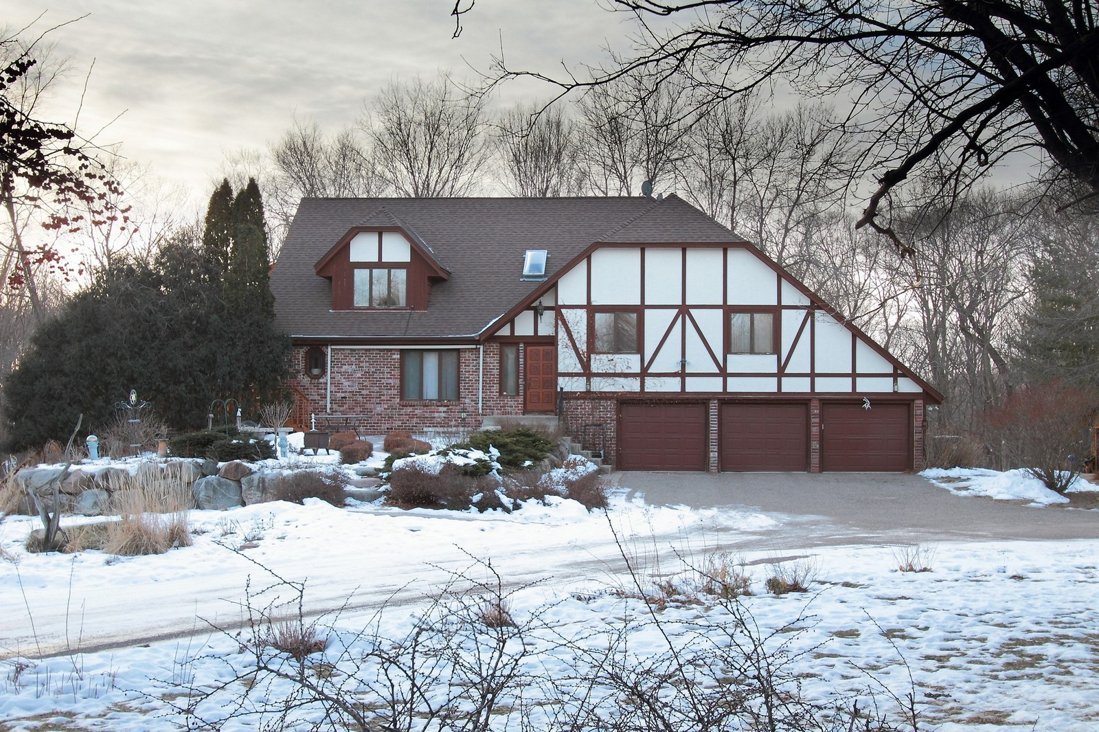 Real Estate Photography - 17170 Beverly Dr, Eden Priaire, MN, 55437 -