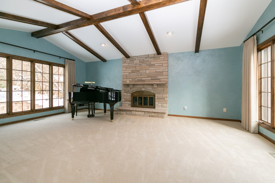 Real Estate Photography - 10924 Girard Curve, Bloomington, MN, 55431 - Living Room