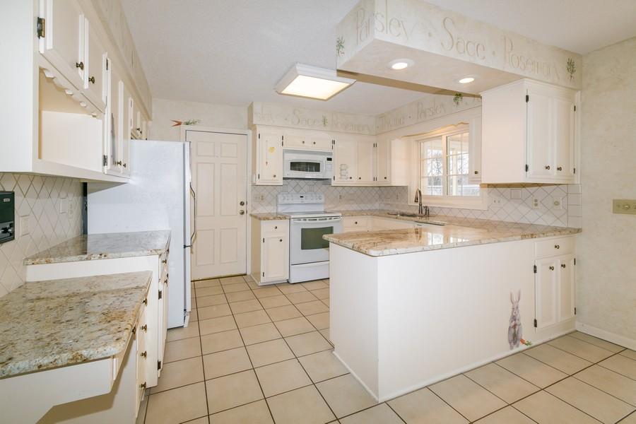 Real Estate Photography - 10924 Girard Curve, Bloomington, MN, 55431 - Kitchen