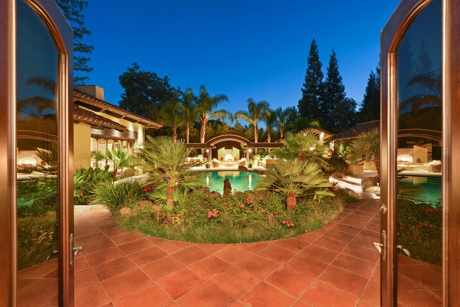 Real Estate Photography - 3771 Random Ln, Sacramento, CA, 95864 - Your own private oasis of relaxed elegance