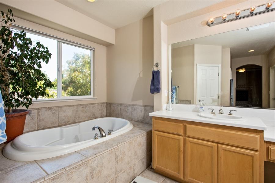Real Estate Photography - 5721 Hoag, Davis, CA, 95618 - Master Bathroom