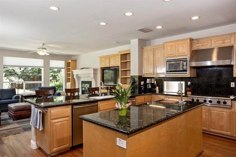 Real Estate Photography - 5721 Hoag, Davis, CA, 95618 - Kitchen