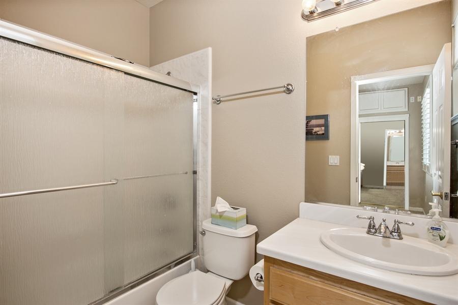 Real Estate Photography - 5721 Hoag, Davis, CA, 95618 - Bathroom