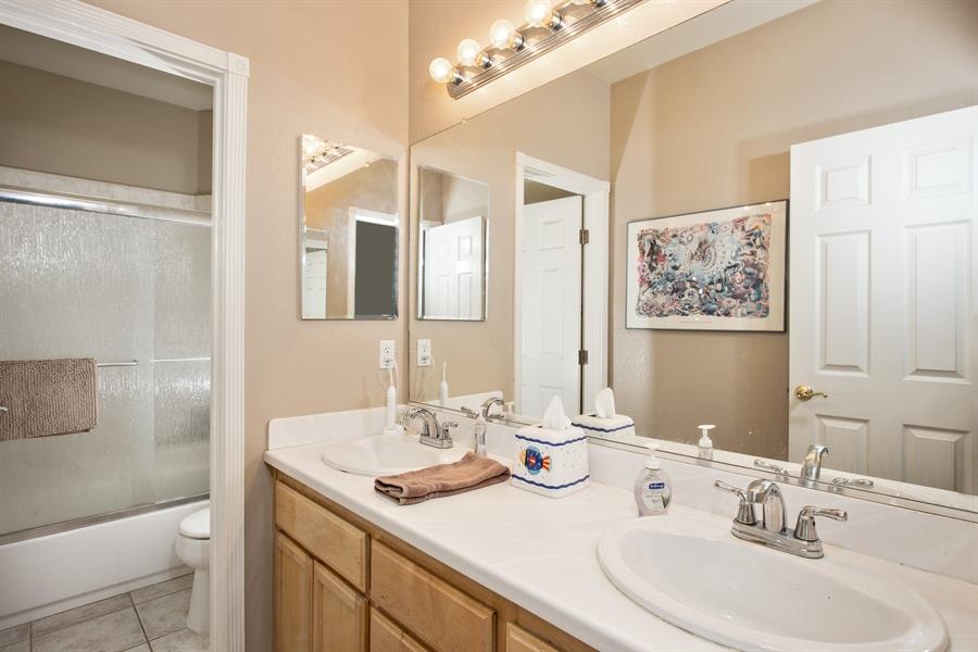 Real Estate Photography - 5721 Hoag, Davis, CA, 95618 - 2nd Bathroom