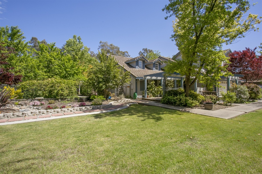 Real Estate Photography - 6385 Rainier Ave, Rocklin, CA, 95677 - Front View