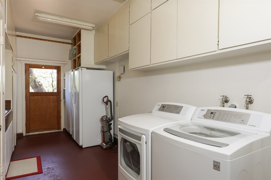 Real Estate Photography - 545 Conifer Ln.st, Auburn, CA, 95602 - Laundry Room