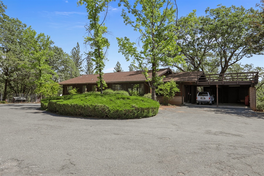 Real Estate Photography - 545 Conifer Ln.st, Auburn, CA, 95602 - Front View