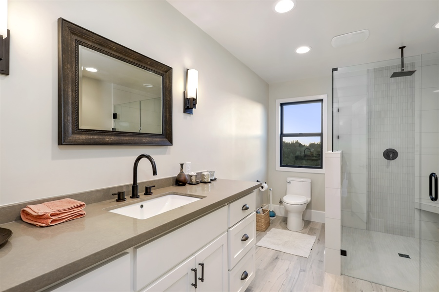 Real Estate Photography - 1140 Stags Leap Lane, Auburn, CA, 95602 - 3rd Bathroom