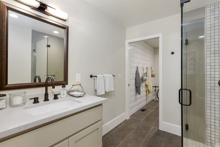 Real Estate Photography - 1140 Stags Leap Lane, Auburn, CA, 95602 - Bathroom