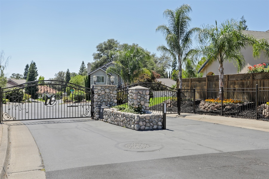 Real Estate Photography - 6896 Fallsbrook Ct, Granite Bay, CA, 95746 - Entrance