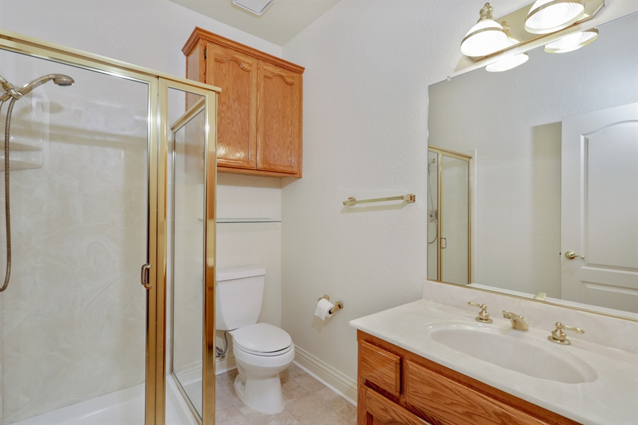 Real Estate Photography - 6896 Fallsbrook Ct, Granite Bay, CA, 95746 - Bathroom