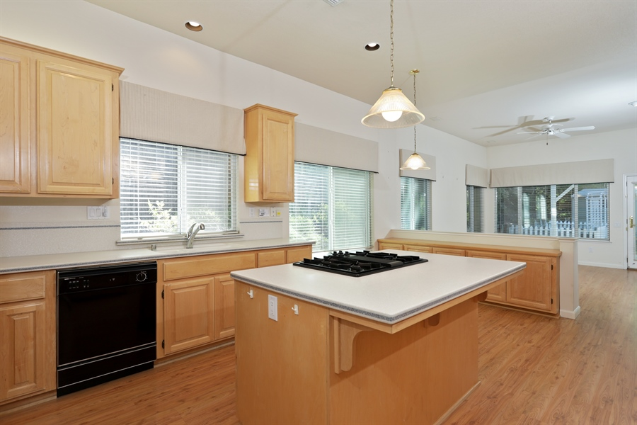Real Estate Photography - 4537 Shenandoah Rd, Rocklin, CA, 95765 - Kitchen