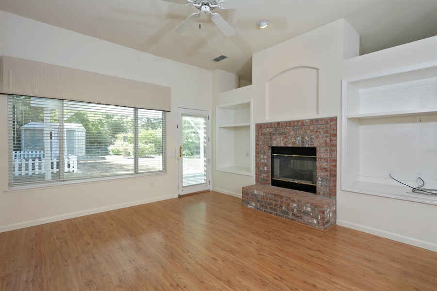 Real Estate Photography - 4537 Shenandoah Rd, Rocklin, CA, 95765 - Family Room