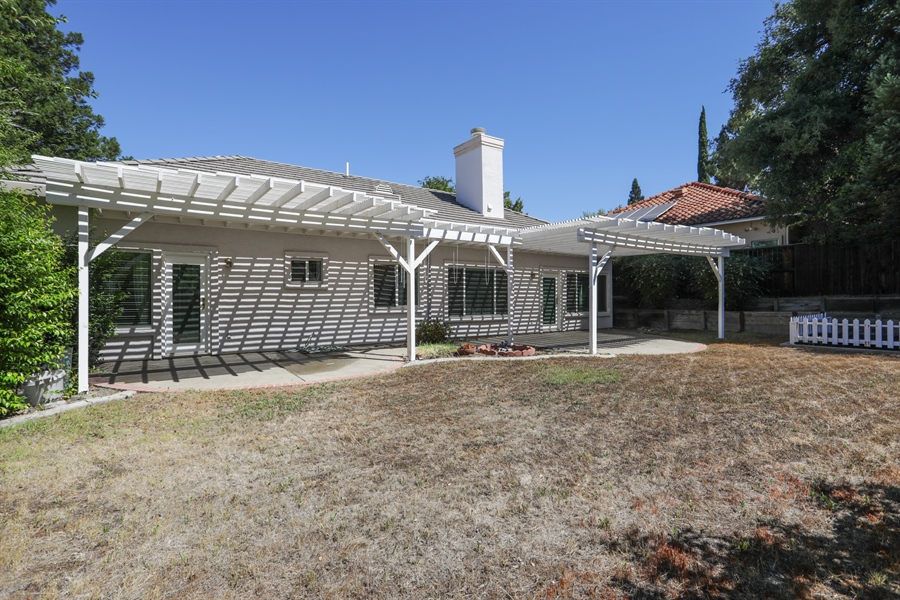 Real Estate Photography - 4537 Shenandoah Rd, Rocklin, CA, 95765 - Rear View