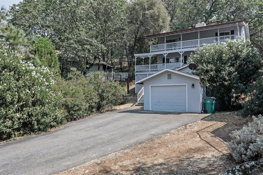 Real Estate Photography - 19044 Hummingbird Drive, Penn Valley, CA, 95946 - Front View