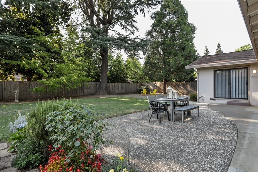 Real Estate Photography - 2549 Morley Way, Sacramento, CA, 95864 - Back Yard