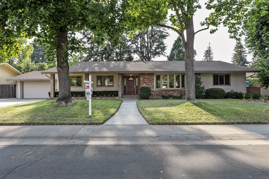 Real Estate Photography - 2549 Morley Way, Sacramento, CA, 95864 - Front View