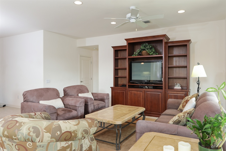 Real Estate Photography - 1203 Freschi Ln, Lincoln, CA, 95648 - Living Room