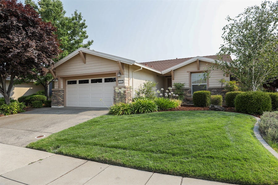 Real Estate Photography - 1203 Freschi Ln, Lincoln, CA, 95648 - Front View