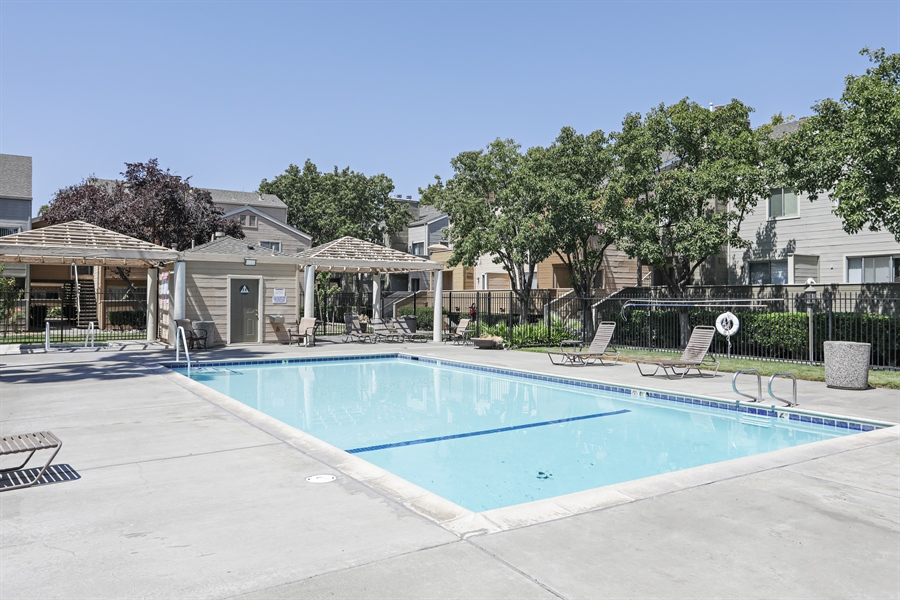 Real Estate Photography - 1019 Dornajo Way ##263, Sacramento, CA, 95825 - Pool