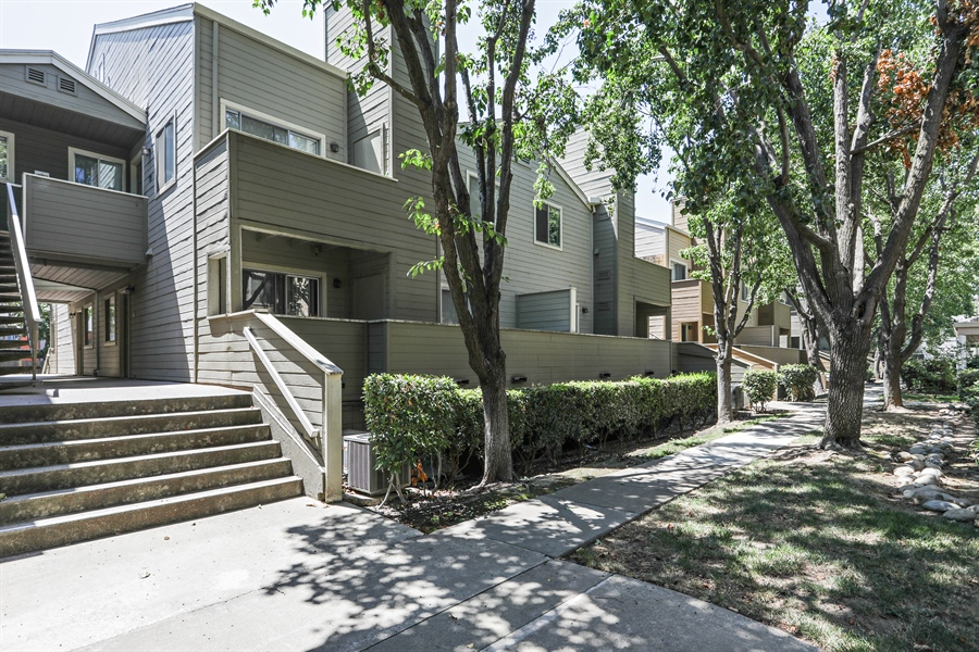 Real Estate Photography - 1019 Dornajo Way ##263, Sacramento, CA, 95825 - Front View