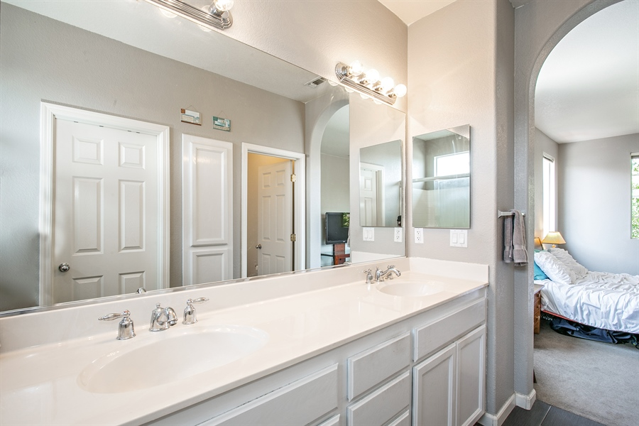 Real Estate Photography - 390 Dragonfly, Sacramento, CA, 95834 - Master Bathroom