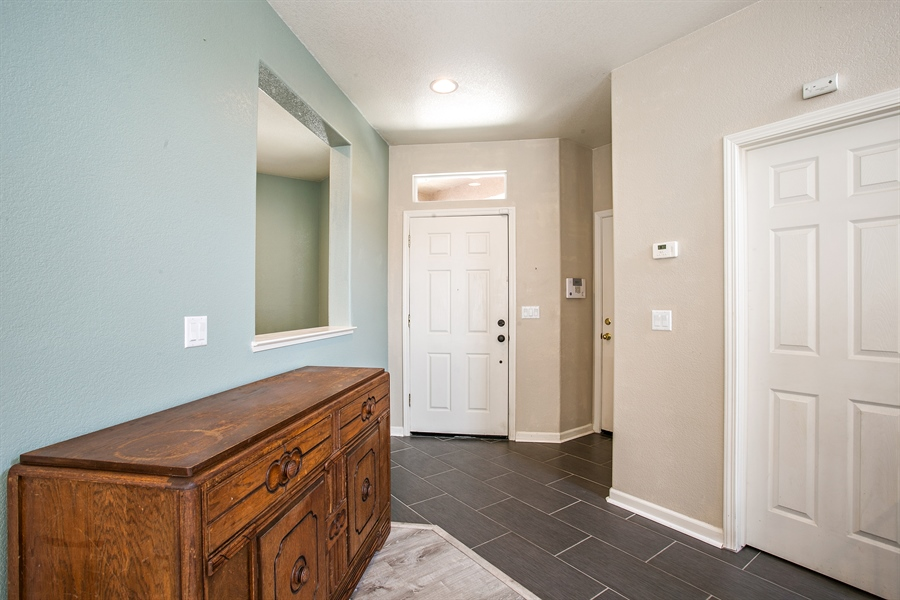 Real Estate Photography - 390 Dragonfly, Sacramento, CA, 95834 - Foyer