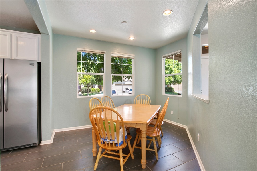 Real Estate Photography - 390 Dragonfly, Sacramento, CA, 95834 - Dining Area