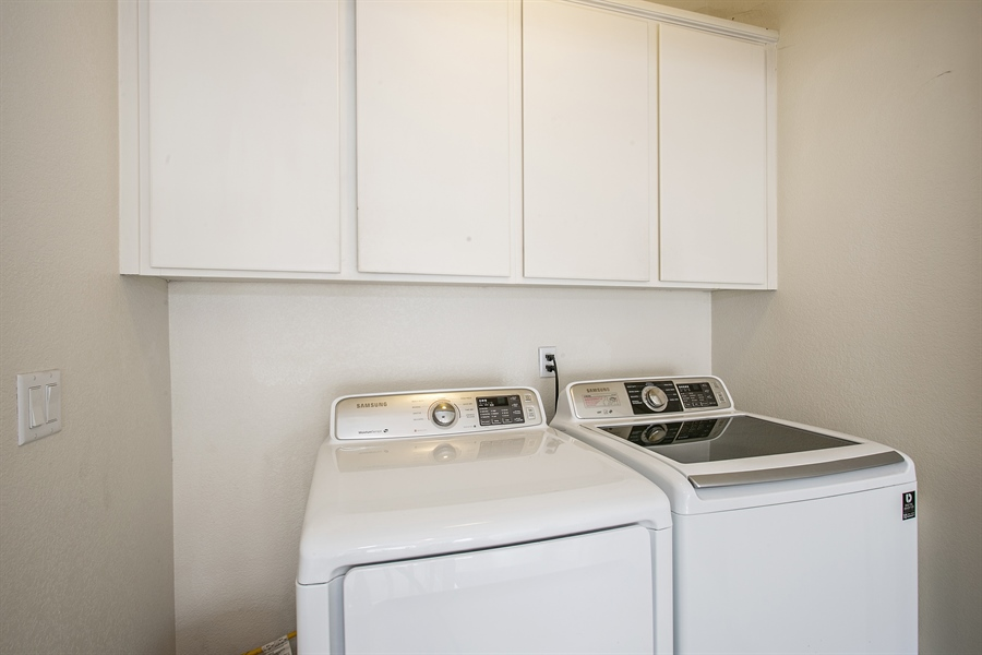Real Estate Photography - 390 Dragonfly, Sacramento, CA, 95834 - Laundry Room