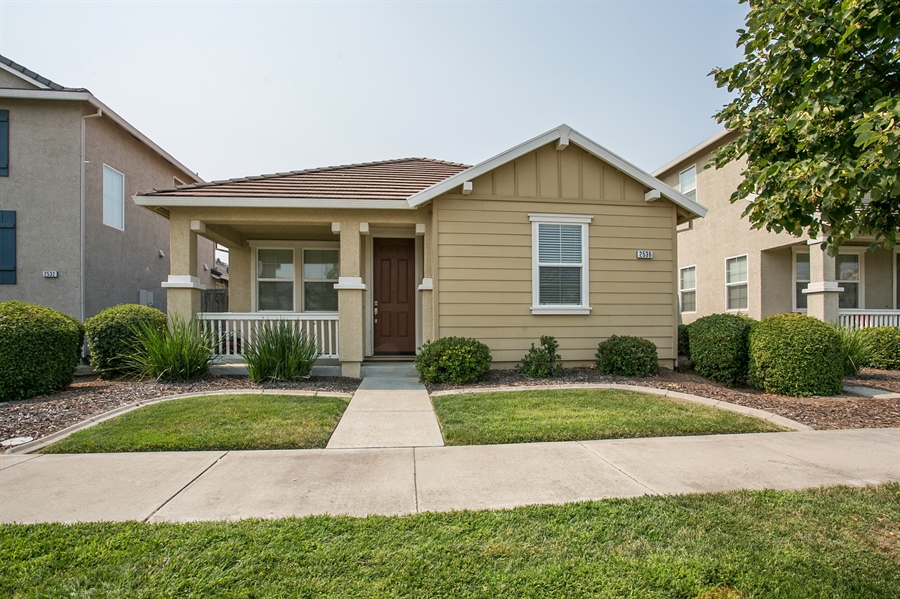 Real Estate Photography - 2536 Greg Jarvis Ave, Sacramento, CA, 95834 - Front View