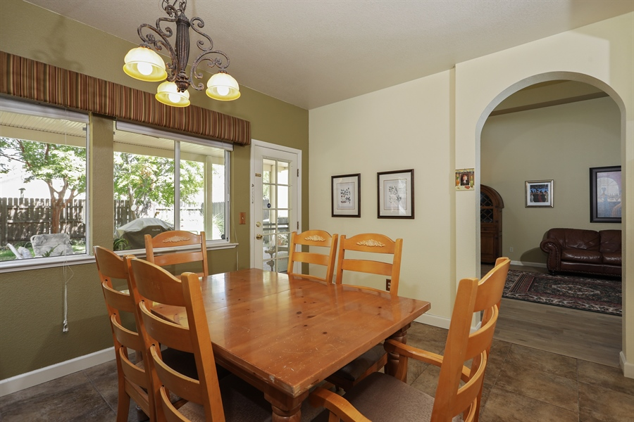 Real Estate Photography - 109 Harcourt, Folsom, CA, 95630 - Dining Room