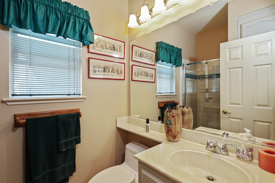 Real Estate Photography - 109 Harcourt, Folsom, CA, 95630 - Bathroom