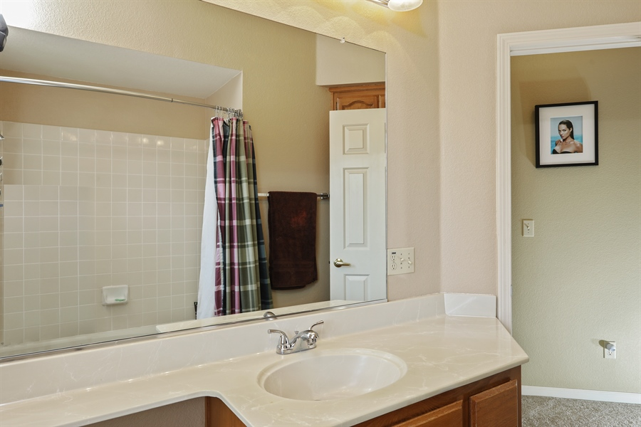 Real Estate Photography - 109 Harcourt, Folsom, CA, 95630 - 2nd Bathroom