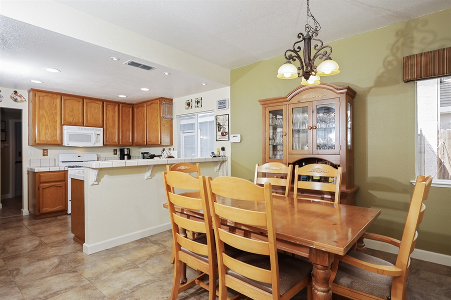 Real Estate Photography - 109 Harcourt, Folsom, CA, 95630 - Kitchen / Dining Room