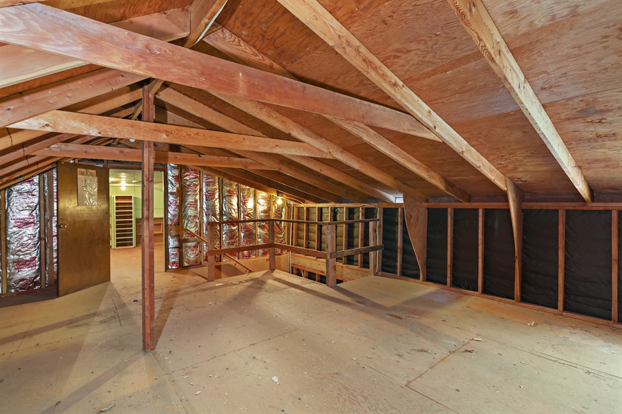 Real Estate Photography - 4554 4562 French Creek Road, Shingle Springs, CA, 95682 - Storage above office/business area