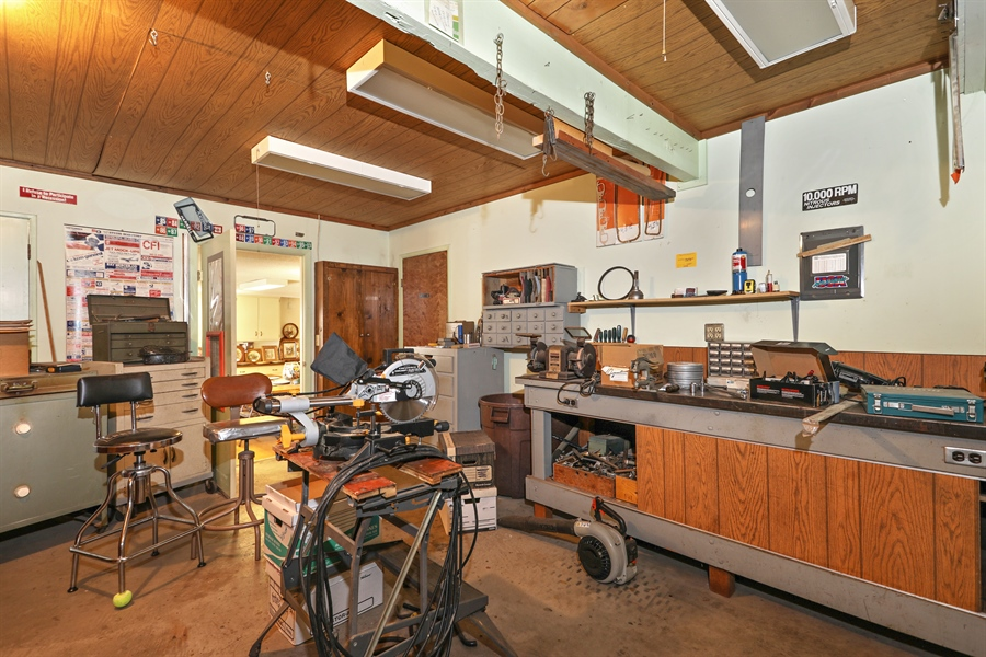 Real Estate Photography - 4554 4562 French Creek Road, Shingle Springs, CA, 95682 - Shop behind office area