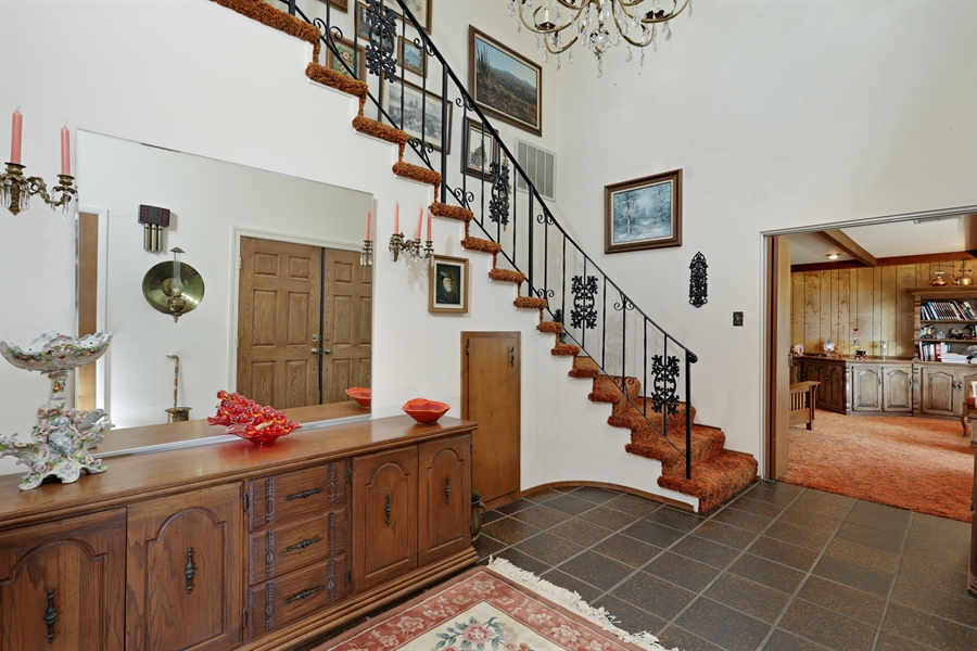 Real Estate Photography - 4554 4562 French Creek Road, Shingle Springs, CA, 95682 - Foyer