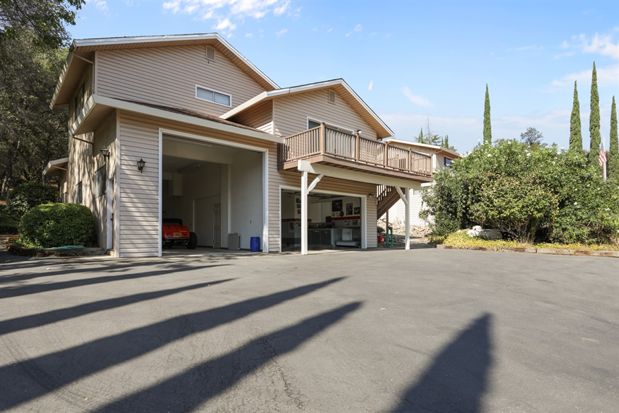 Real Estate Photography - 4554 4562 French Creek Road, Shingle Springs, CA, 95682 - Garage at guest house