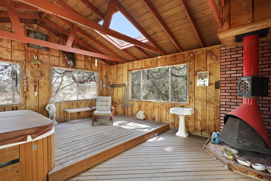 Real Estate Photography - 4554 4562 French Creek Road, Shingle Springs, CA, 95682 - Retreat out building
