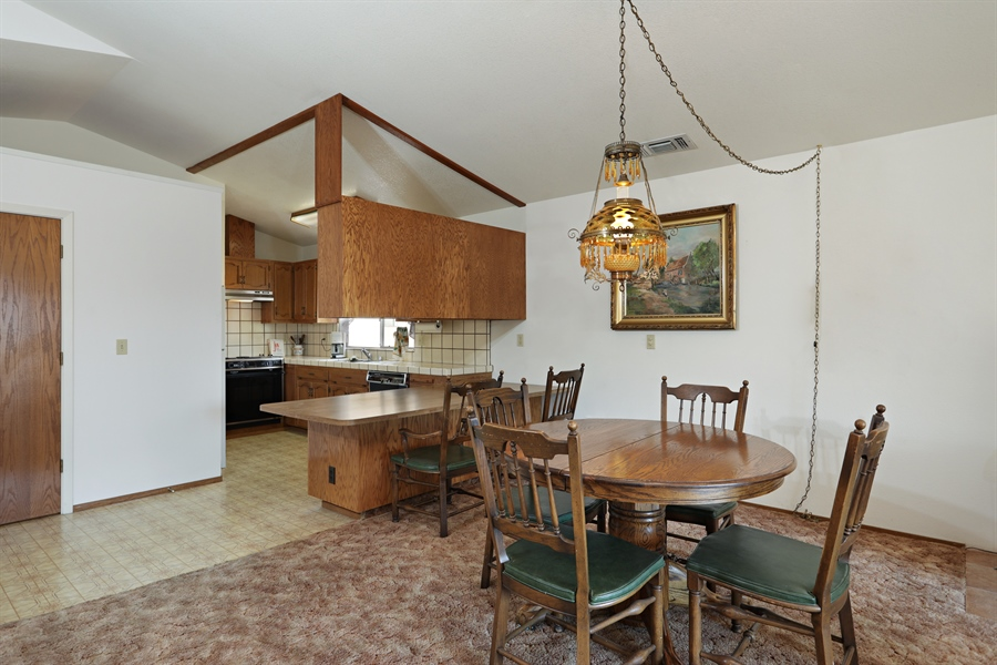 Real Estate Photography - 4554 4562 French Creek Road, Shingle Springs, CA, 95682 - Guest House Dining Room