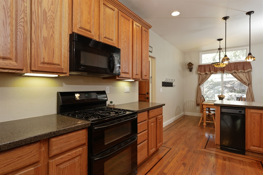 Real Estate Photography - 1638 American River Trail, Cool, CA, 95614 - Kitchen