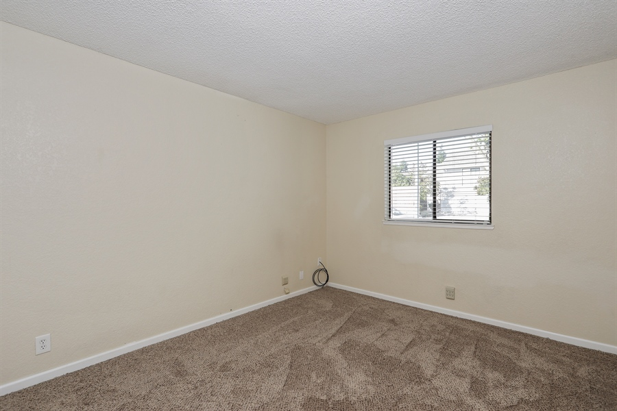 Real Estate Photography - 1169 Meadow Gate Dr, Roseville, CA, 95661 - 2nd Bedroom