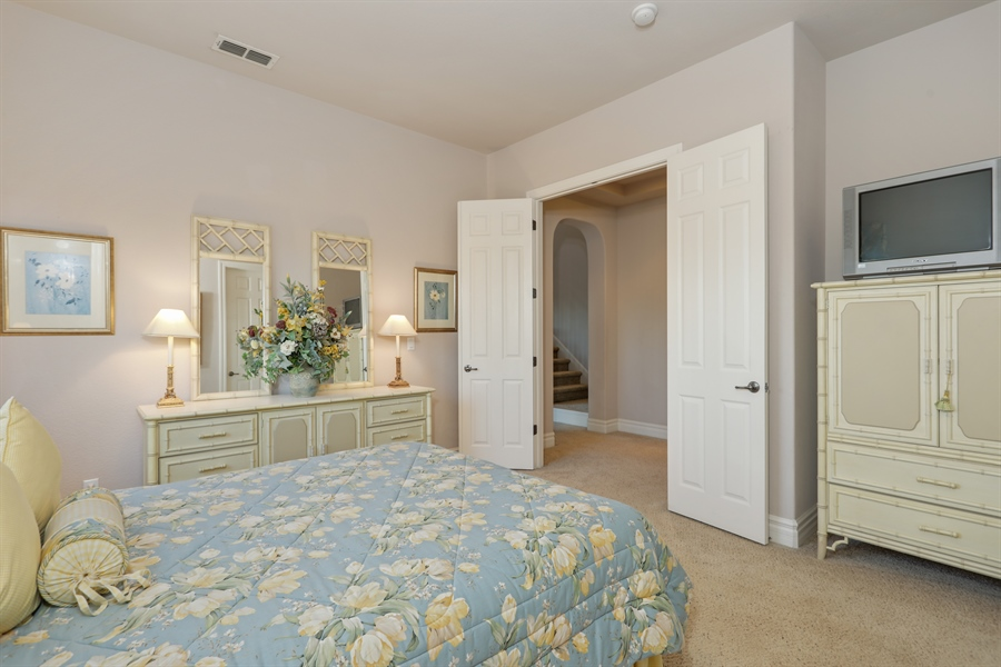 Real Estate Photography - 4420 Longview Dr, Rocklin, CA, 95677 - Spacious Private Guest Suite on Main Floor