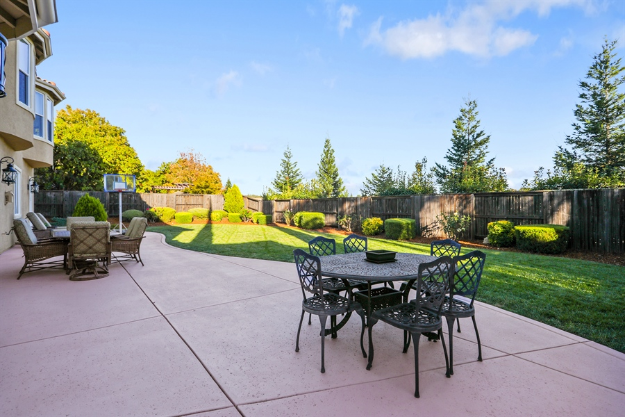 Real Estate Photography - 4420 Longview Dr, Rocklin, CA, 95677 - Professionally Landscaped And Manicured Backyard